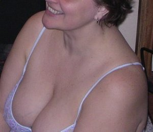 Maelis independent escorts Fortuna, CA
